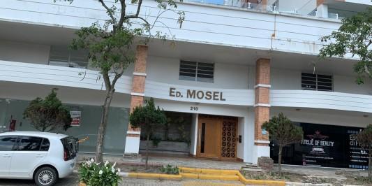 APARTAMENTO NO EDIFÍCIO MOSEL